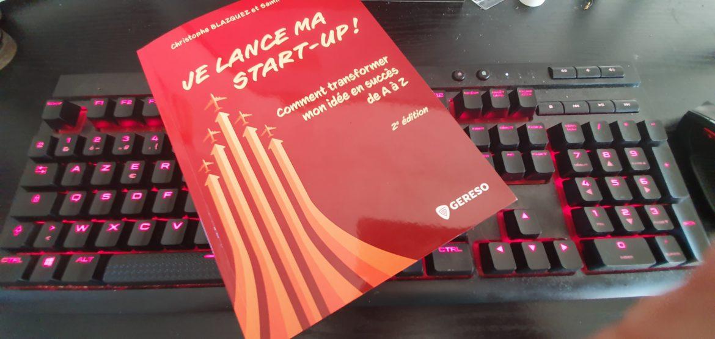 Le livre Je lance ma start-up sur mon clavier d'ordinateur